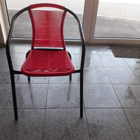 Реновирам с български ПВЦ въжета метални столове