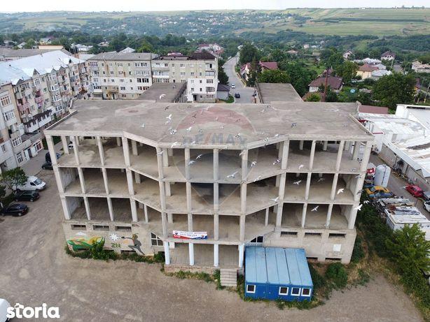 Oportunitate de investiție! Clădire multifuncțională - Darabani