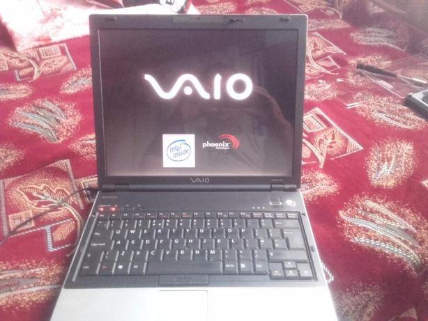 Vand LAPTOP SONY VAIO mod. PCG-9W5M pt, PIESE dezmenbrare