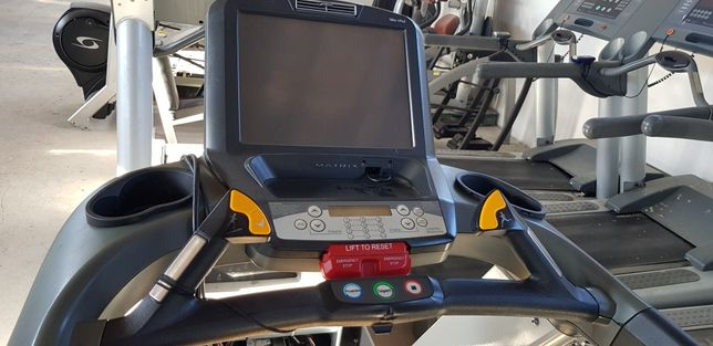 Depozit aparate profesionale cardio si culturism/fitness