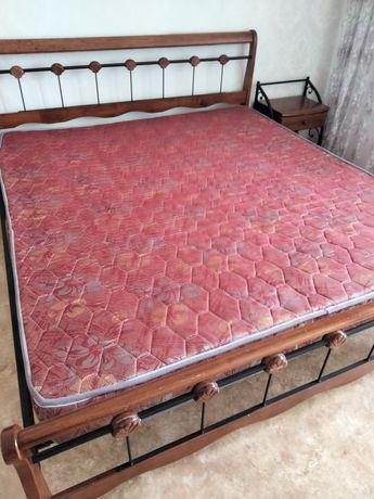 Продам кровать недорого