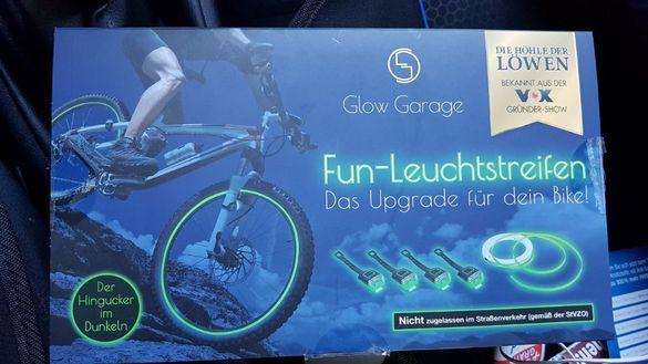 Светлинни ивици за колело- Fun leuchtstreifen (LED СВЕТЛИНИ)