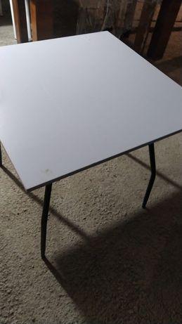 Столы 80×80  в большом количестве бу