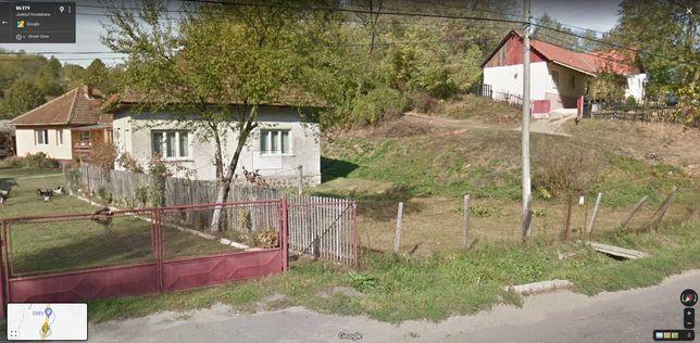 Vând casă de cărămidă în Brad, la ieșire spre Deva