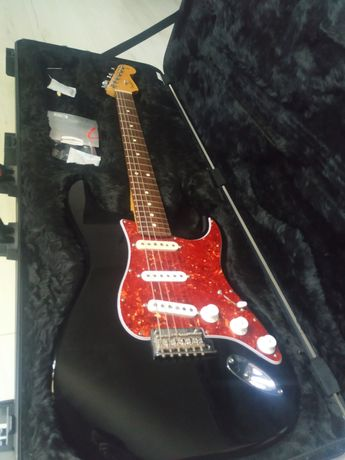 Chitara electrica Fender Stratocaster Standard MIA