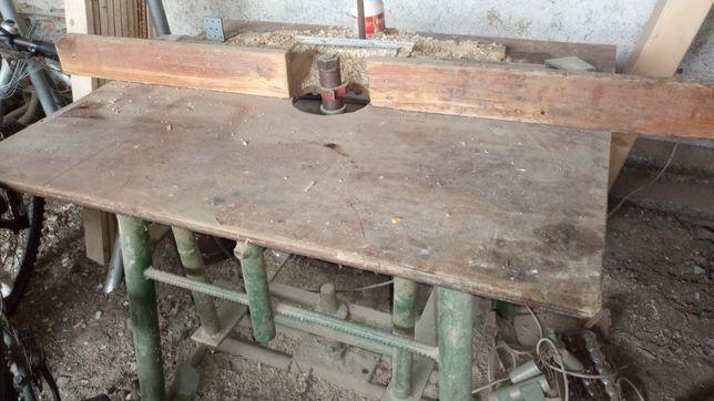 Freza lemn cu motor monofazat
