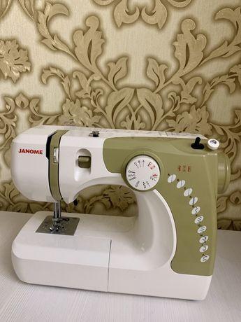Швейная машинка Janome 639X Gold