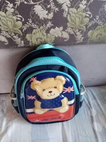 Продам школьный рюкзак для младших классов
