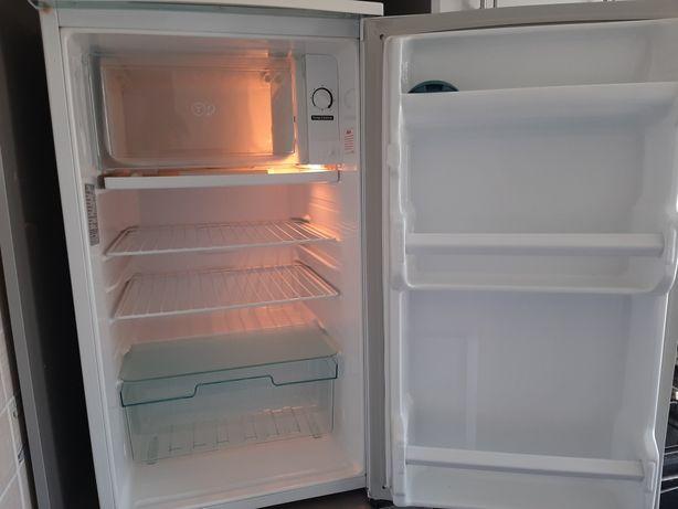 Холодильник в отличном состоянии LG