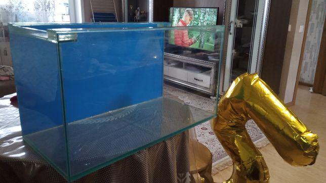 Продам аквариум на 100 литров