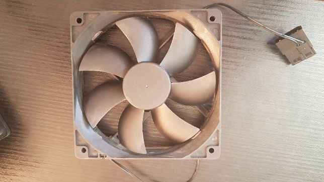 Ventilator carcasa 120mm