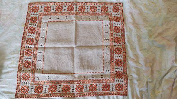 Декоративна покривка, ръчно везана