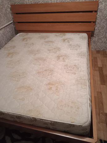 Продам срочно кровать с ортопедическим матрасом Связи ненадобностью Ра