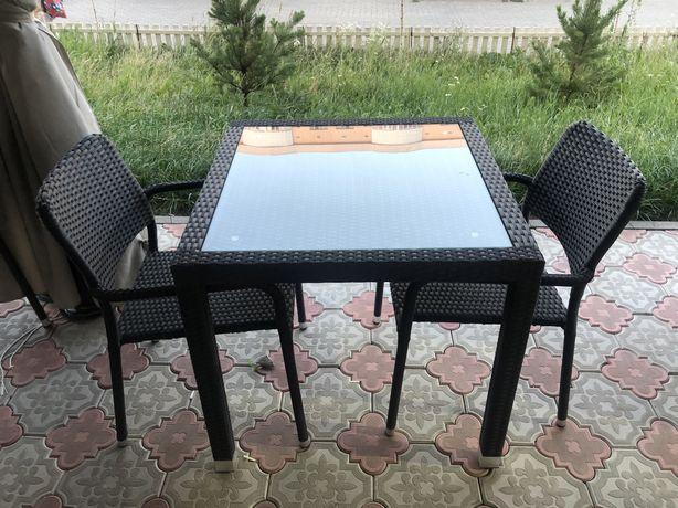 Столы и стулья ротанг