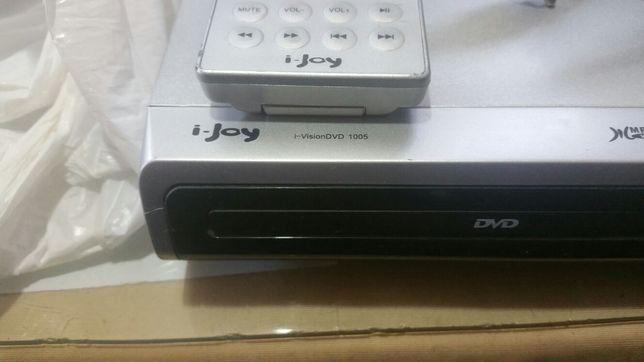 Dvd cu telecomandă