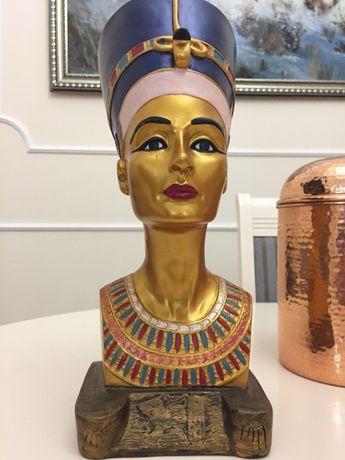 Статуэтка-бюст Нефертити