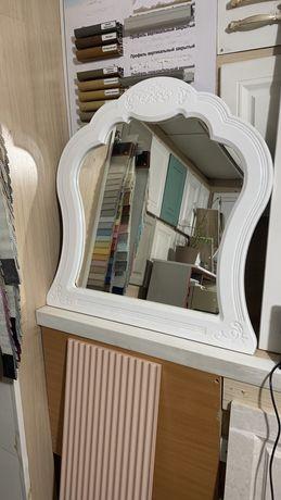 Зеркало для комнаты и ванные