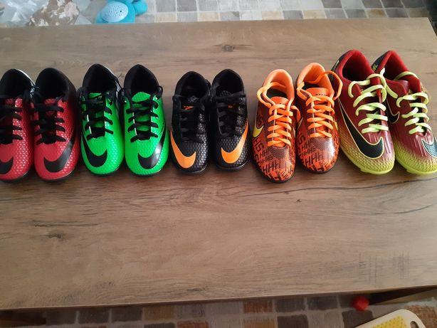Adidasi fotbal copii