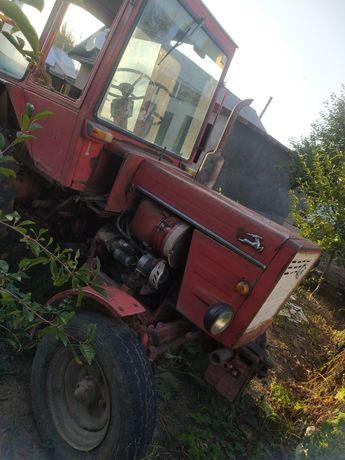 Продам трактор Т 25 со всеми агрегатами