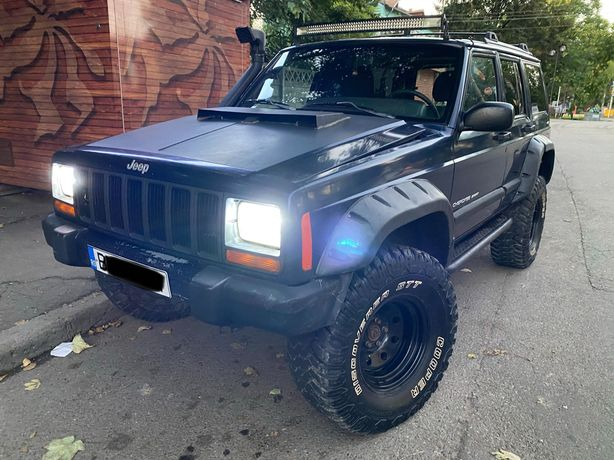 Vând Jeep Cherokee Xj