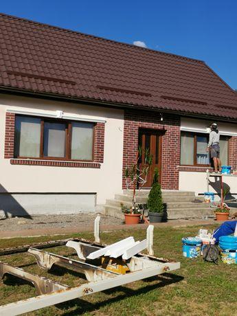 Execut lucrări de construcţii