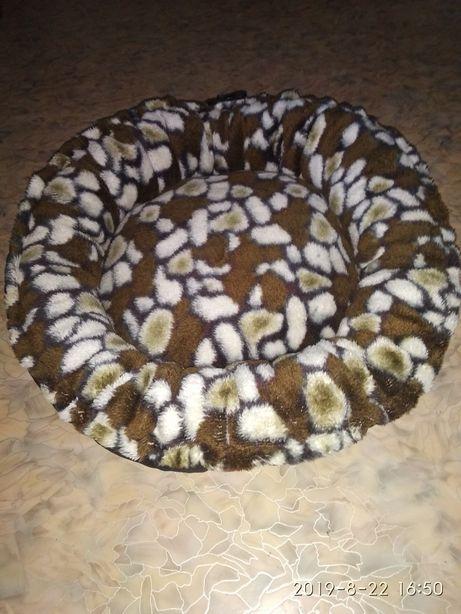 Лежанка новая для домашних животных 75х75 см.,ракладная