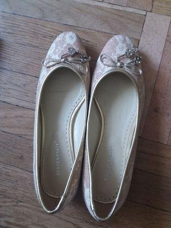 Туфельки балетки нарядные  италия