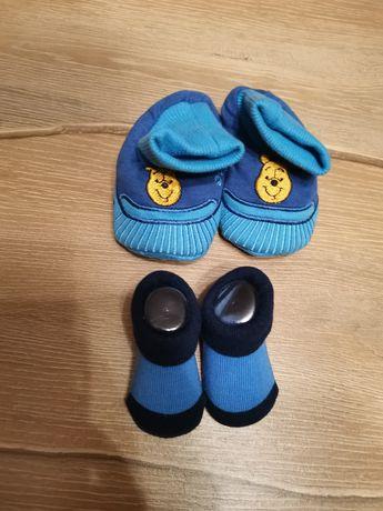 Чорапи и буйки за бебе