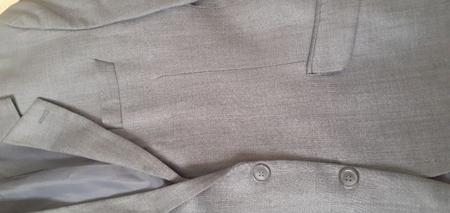 Серый костюм двойка