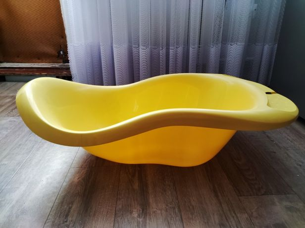 Ванна детская желтая