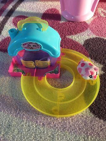 Hamster cu căsuță