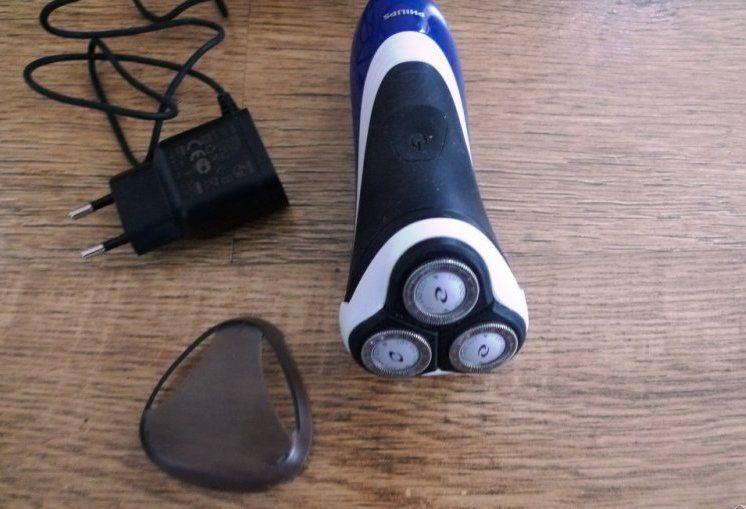 Philips HQ8505 Безжична самобръсначка