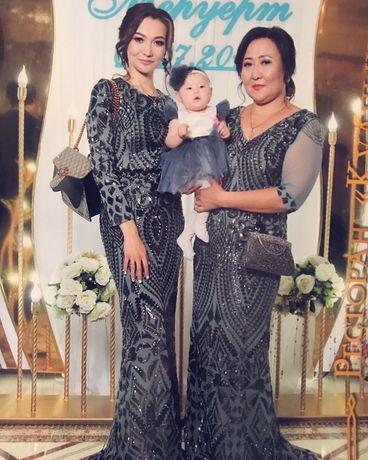 Продам вечерние платья Мама+дочь