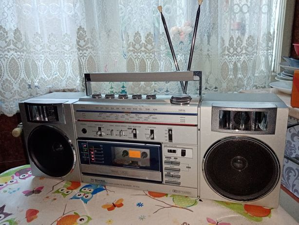 Radio casetofon vintage Toshiba RT-S782