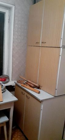 шкафы прихожая еще и для кухни есть диваны отдам бесплатно