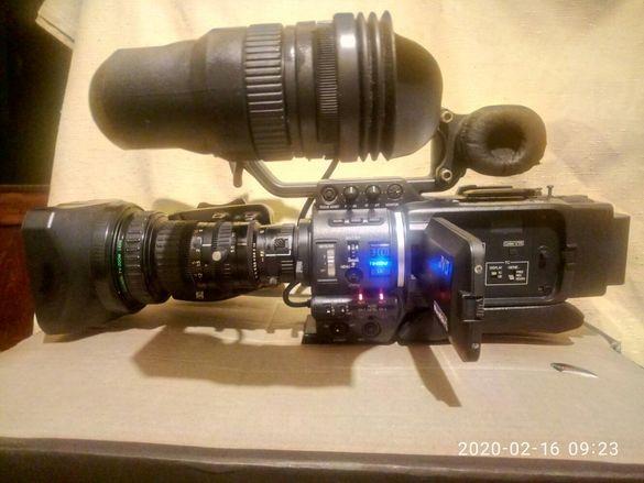 Продавам професионална HD DV камера JVS GY-HD111