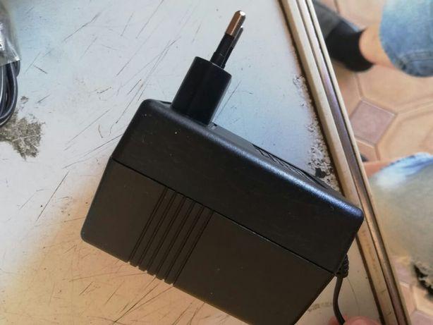 Зарядное устройство от детских Электромобили разные 12 вольт