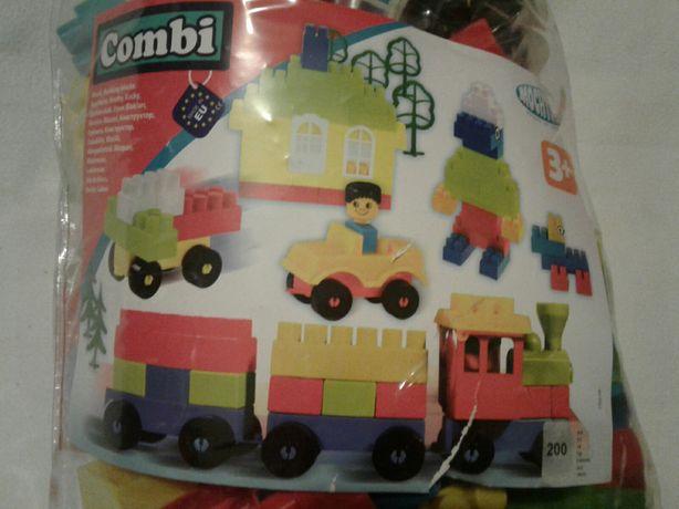 Sac cu 200 piese constructii, tip lego, dimensiuni MEDII, nou, sigilat