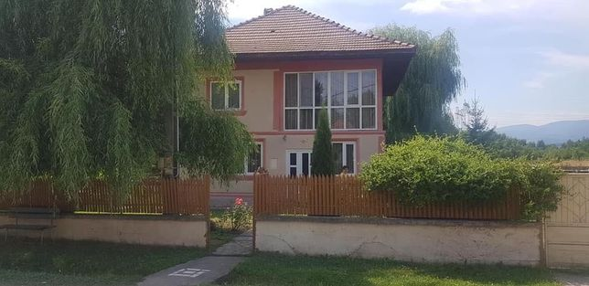 Casa de vanzare 4 camere