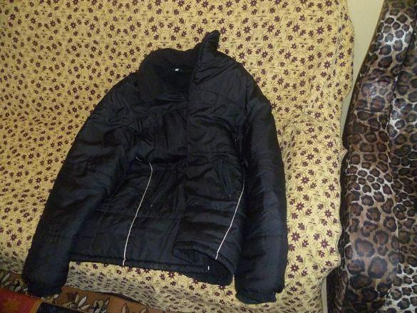 Шушлеково яке зимно продавам с две вълнени блузи и палто чисто и яке я