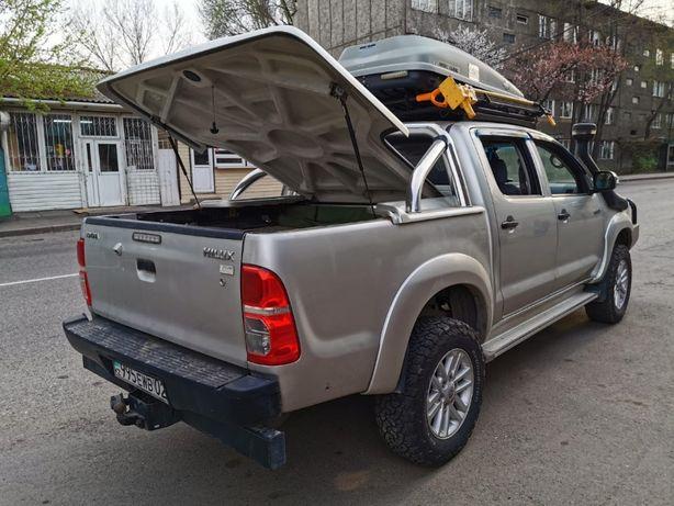 Крышка багажника с дугой на хайлюкс дизель 2011-15гг
