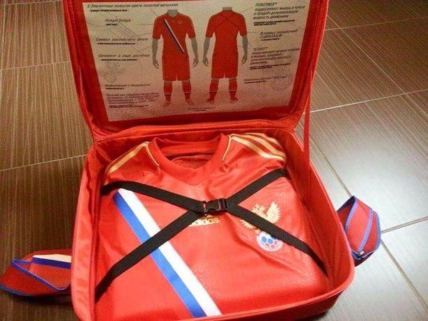 Tricou Adidas +Geanta, Russia, Autentic, Nou ! Marime S