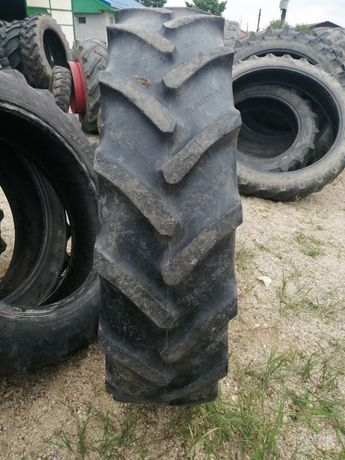 Pneuri de tractor 12.4 R32