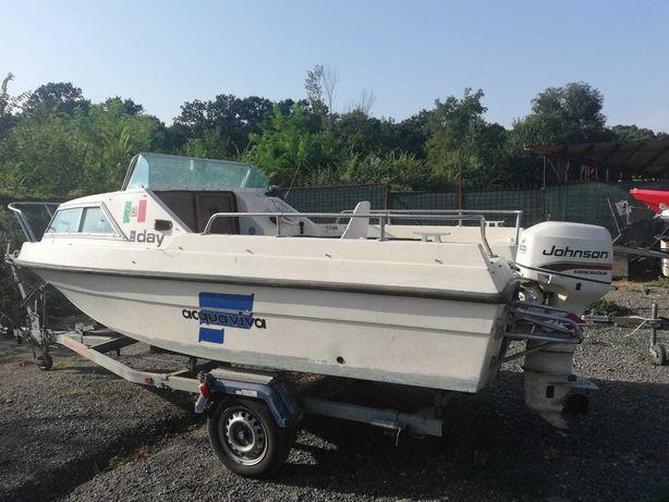 Barca Cabinata Acquaviva Day cu motor