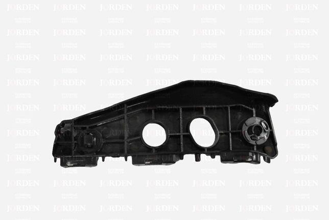 Кронштейн переднего бампера RH Corolla 150 10