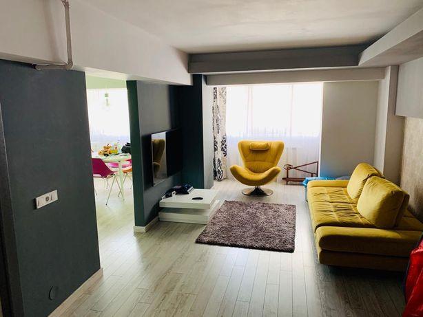 Vând apartament/ 4 camere / 125 mp
