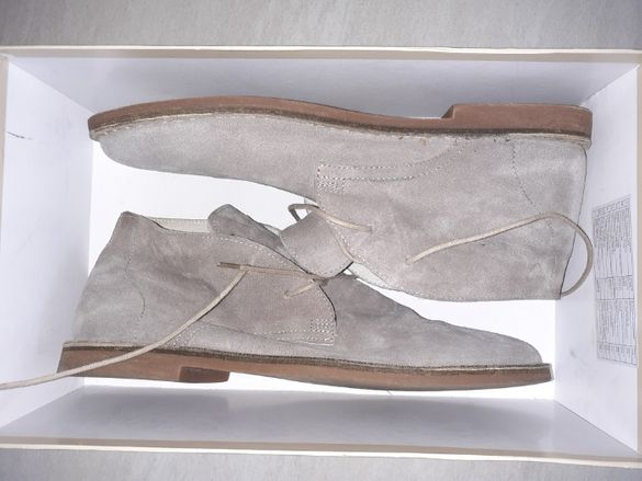 Продавам нови мъжки велурени обувки BATA