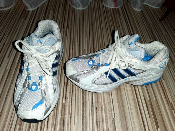 Adidasi Adidas marime 38 (uk5)