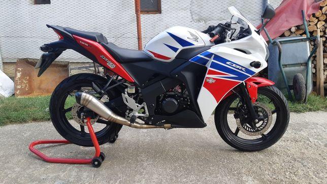 Honda CBR 125 R 2016