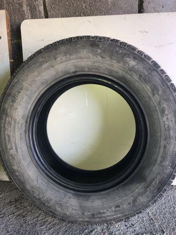 Четири гуми за бус